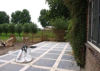 Sierbestrating laten leggen hoveniersbedrijf verkort for Tuin decoratie met stenen